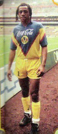 Adrián Chávez, delantero 2