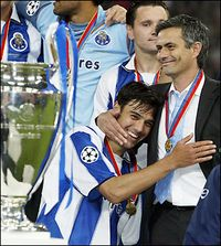 Mourinho, justo antes de irse del Porto tras ganar la Champions