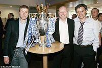 Roman, Kenyon y Jose presumen la Premier de 2006