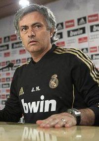 Mourinho, durante la temporada de los 100 puntos